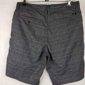 Quiksilver Shorts - Quiksilver Gray Plaid Shorts Size 30